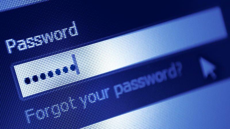 Jak najlepiej tworzyć iprzechowywać hasło internetowe?